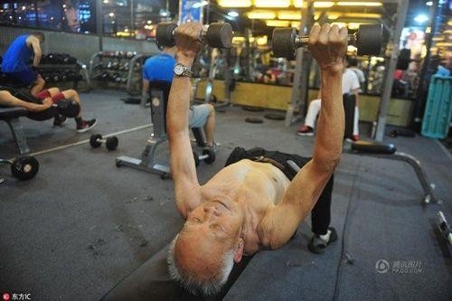 Cụ ông 94 tuổi vẫn chăm tập gym mỗi ngày - Ảnh 5