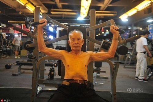 Cụ ông 94 tuổi vẫn chăm tập gym mỗi ngày - Ảnh 6