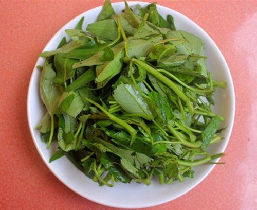 Canh rau muống nấu cua - đậm đà ngon miệng - Ảnh 1