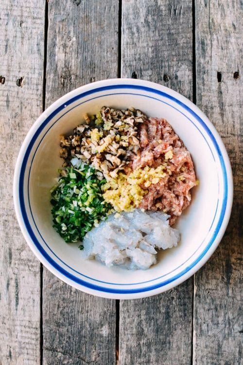 Cách làm xíu mại tôm thịt hấp đúng vị của Trung Hoa - Ảnh 2