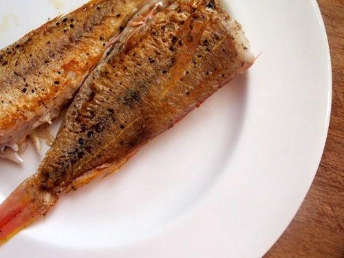 Bữa trưa ngon miệng với món cá hồng sốt cà chua - Ảnh 6