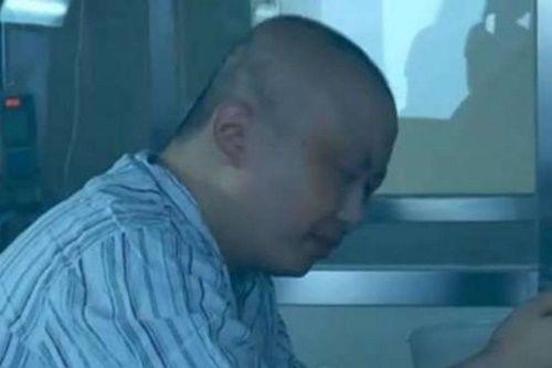 Cậu bé 8 tuổi cố gắng tăng 10kg trong 2 tháng để hiến tủy cứu bố - Ảnh 3