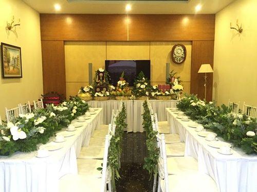 Cặp đôi chi 50 triệu đồngtrang trí nhà ngày cưới bằng hoa lan hồ điệp nhập khẩu - Ảnh 12