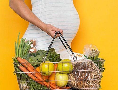 10 loại thực phẩm bà bầu nên tránh ăn để thai nhi được phát triển khỏe mạnh - Ảnh 1