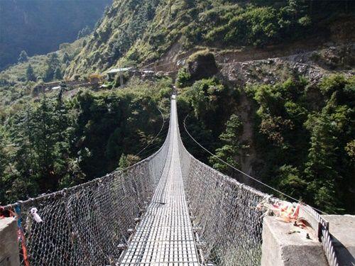 15 cây cầu điên rồ và đáng sợ nhất thế giới – Phần 2 - Ảnh 14