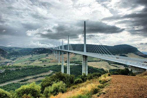 15 cây cầu điên rồ và đáng sợ nhất thế giới – Phần 2 - Ảnh 3