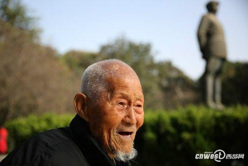 """Cụ ông 101 tuổi mệnh danh là người sống """"lành mạnh"""" nhất nổi tiếng mạng xã hội - Ảnh 13"""
