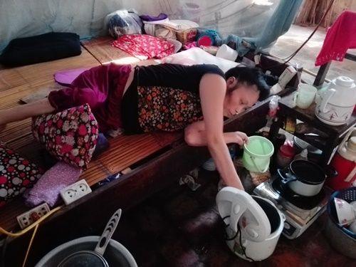 Người đàn bà bại liệt một mình chống chọi với bệnh tật suốt 23 năm - Ảnh 2