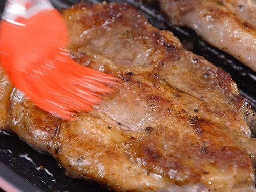 Cách làm món thịt lợn nướng táo thơm phức - Ảnh 7