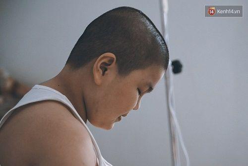 Cậu bé ung thư 11 tuổi mơ làm CSGT đã có một hành trình thật mạnh mẽ - Ảnh 4