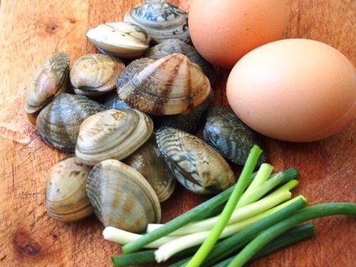 Cách làm trứng hấp ngao tươi thơm ngon bổ dưỡng - Ảnh 1