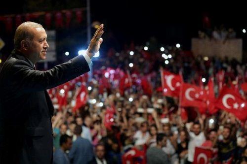 Tổng thống Erdogan dự định thực hiện hơn 50 000 cuộc thanh trừng sau đảo chính - Ảnh 2