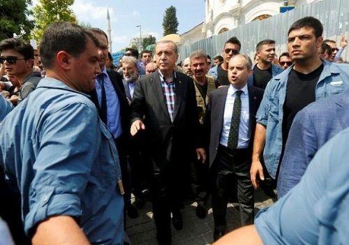 Tổng thống Erdogan dự định thực hiện hơn 50 000 cuộc thanh trừng sau đảo chính - Ảnh 3