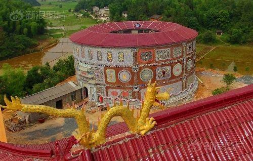Ngắm cung điện gốm sứ có 1 - 0 - 2 trị giá 20 tỷ của bà cụ 86 tuổi - Ảnh 12