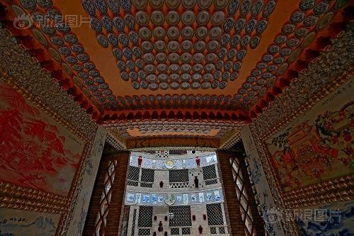 Ngắm cung điện gốm sứ có 1 - 0 - 2 trị giá 20 tỷ của bà cụ 86 tuổi - Ảnh 7