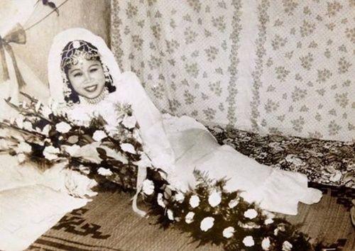 Sự khác biệt giữa đám cưới thời xưa và nay - Ảnh 27