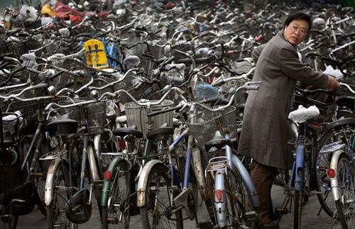 Những hình ảnh chen chúc 'đáng sợ' thường ngày ở đất nước đông dân nhất thế giới - Ảnh 6