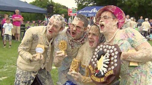 Muôn kiểu lễ hội ẩm thực độc lạ mà 'điên rồ' nhất thế giới - Ảnh 4