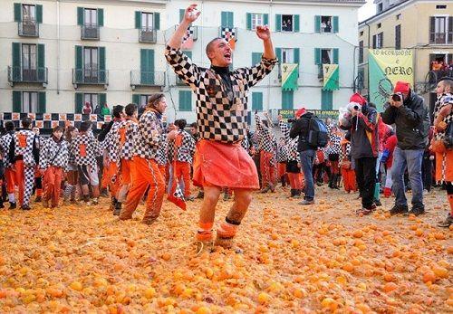Muôn kiểu lễ hội ẩm thực độc lạ mà 'điên rồ' nhất thế giới - Ảnh 5