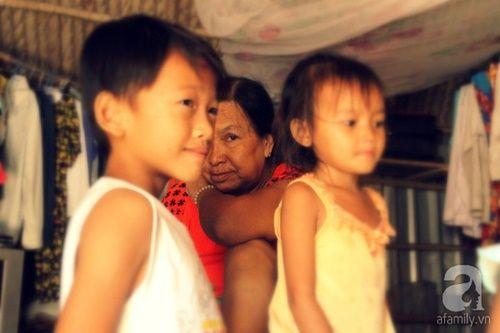 Những đứa trẻ thả ước mơ vào dòng kênh ô nhiễm ngày khai trường - Ảnh 5