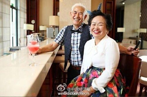 Chồng chăm vợ bị ung thư và điều bất ngờ xuất hiện - Ảnh 2