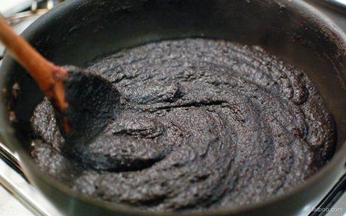 Bánh trung thu mè đen nhân hạt sen đậu đỏ - vừa ngon vừa tốt cho sức khỏe - Ảnh 4