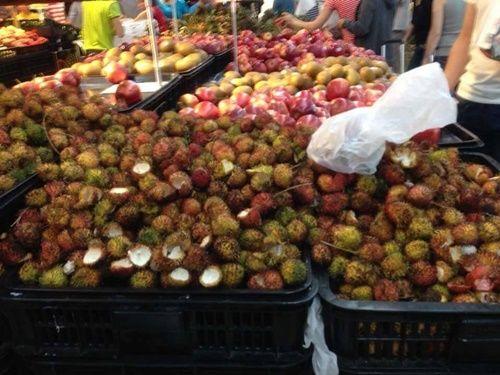 Hành động xấu xí của người Việt ở siêu thị văn minh - Ảnh 1