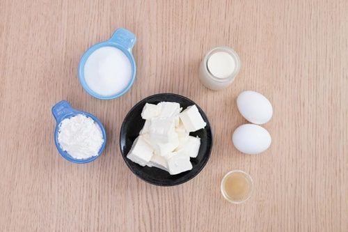 Cách làm bánh phô mai Nhật Bản xốp mềm bằng nồi cơm điện - Ảnh 1