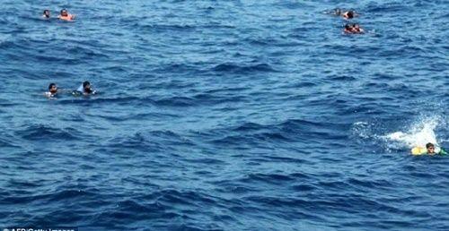 Kí ức kinh hoàng của cô gái trẻ thoát chết sau khi bơi suốt 33 giờ trên biển - Ảnh 4