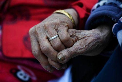 Cặp vợ chồng già bên nhau suốt 81 năm chưa một ngày xa rời - Ảnh 2