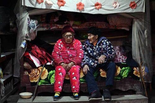 Cặp vợ chồng già bên nhau suốt 81 năm chưa một ngày xa rời - Ảnh 8