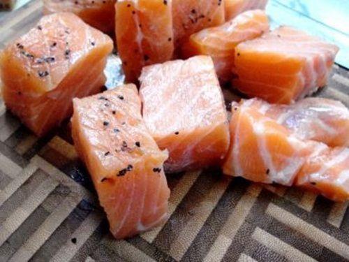 Cách làm món cà ri cá hồi cay thơm nồng cho ngày mưa - Ảnh 3