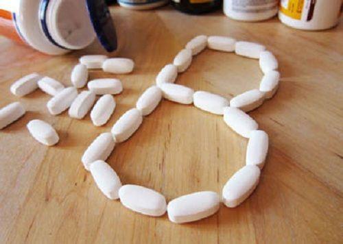 Đàn ông dùng quá nhiều loại vitamin này có thể bị ung thư phổi - Ảnh 1