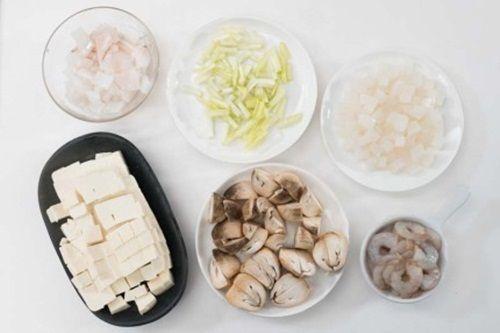 Súp hải sản đậu phụ ngon mát cho ngày hè nóng cháy - Ảnh 2