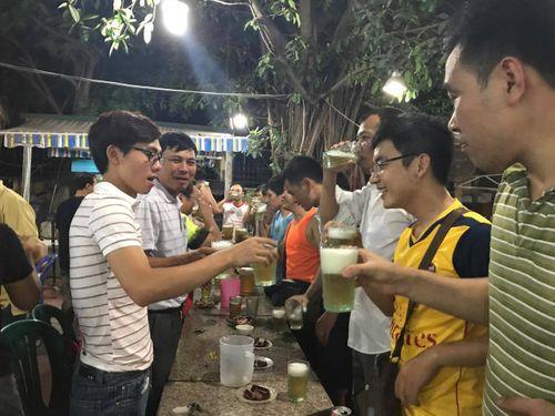 Thanh niên Việt giờ thích thể thao bằng... mồm - Ảnh 1