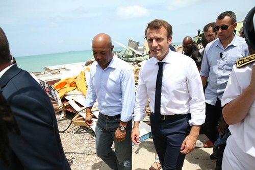 Mất lòng giới truyền thông, Tổng thống Macron bị người Pháp phản đối vì những lời nói ngạo mạn - Ảnh 2