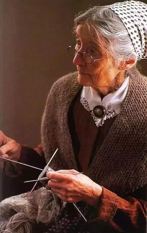 Cuộc sống thần tiên của nữ họa sĩ 92 tuổi  - Ảnh 4