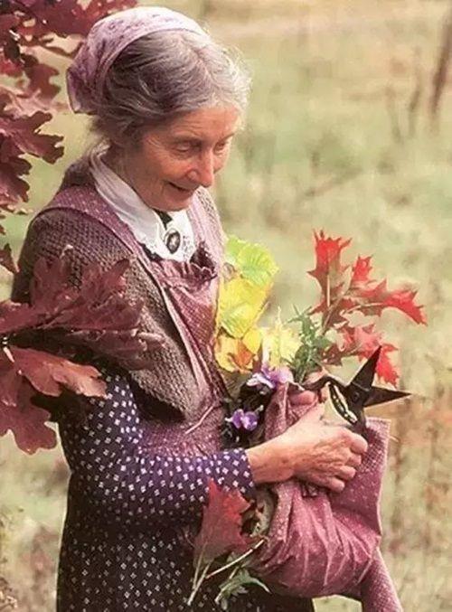 Cuộc sống thần tiên của nữ họa sĩ 92 tuổi  - Ảnh 6