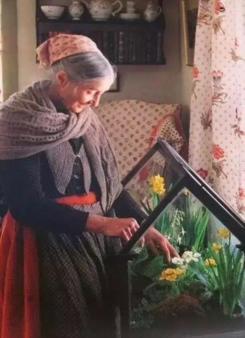 Cuộc sống thần tiên của nữ họa sĩ 92 tuổi  - Ảnh 21