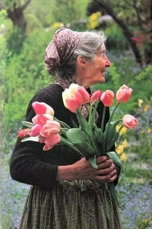 Cuộc sống thần tiên của nữ họa sĩ 92 tuổi  - Ảnh 16