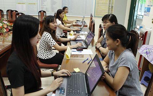 Hà Nội tiếp tục áp dụng hình thức tuyển sinh trực tuyến cho năm học mới - Ảnh 1