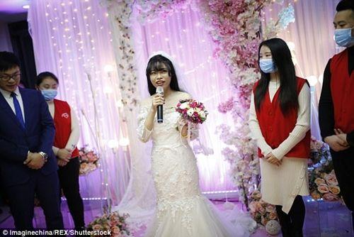 Xúc động đám cưới không chú rể, cô dâu đăng ký hiến tạng sau khi cởi áo cưới - Ảnh 4
