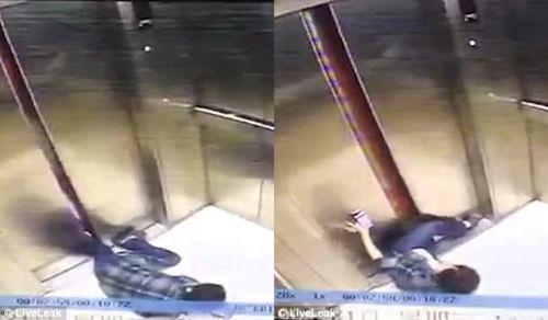 Mải nhìn điện thoại, bị tai nạn thang máy khủng khiếp  - Ảnh 2
