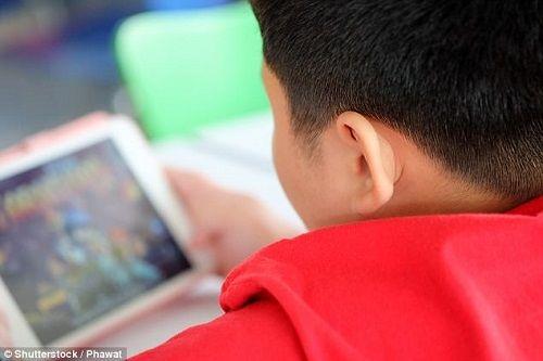 """Nghiện """"ma internet"""" cậu bé """"đốt"""" hơn nửa tỷ đồng của mẹ - Ảnh 2"""