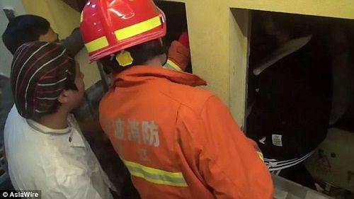 Phục vụ nhà hàng trẻ tuổi chết thảm vì thang máy chuyển thức ăn - Ảnh 2