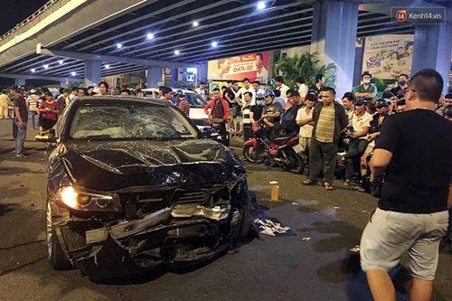 Hiện trường vụ nữ tài xế BMW say xỉn đâm 5 xe máy ở Sài Gòn - Ảnh 2