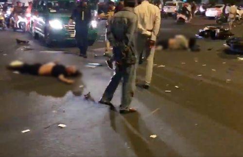 Hiện trường vụ nữ tài xế BMW say xỉn đâm 5 xe máy ở Sài Gòn - Ảnh 5