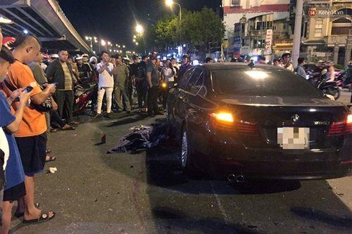 Hiện trường vụ nữ tài xế BMW say xỉn đâm 5 xe máy ở Sài Gòn - Ảnh 8
