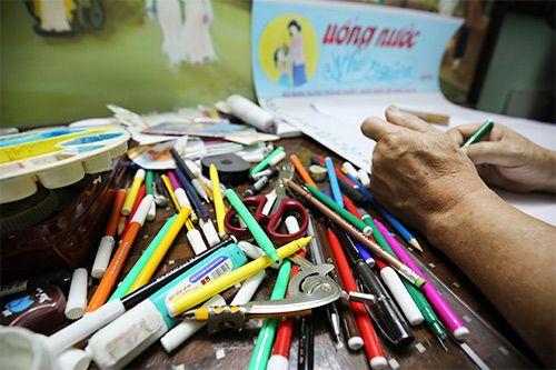 Những dụng cụ thiết yếu để làm một tờ báo tường đẹp nhân ngày 20/11 - Ảnh 4