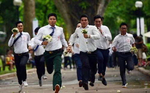 """Qua rồi thời """"mái nhà tranh, trái tim vàng"""", đàn ông Việt sắp phải """"giàu có, đẹp trai"""" mới lấy được vợ - Ảnh 2"""
